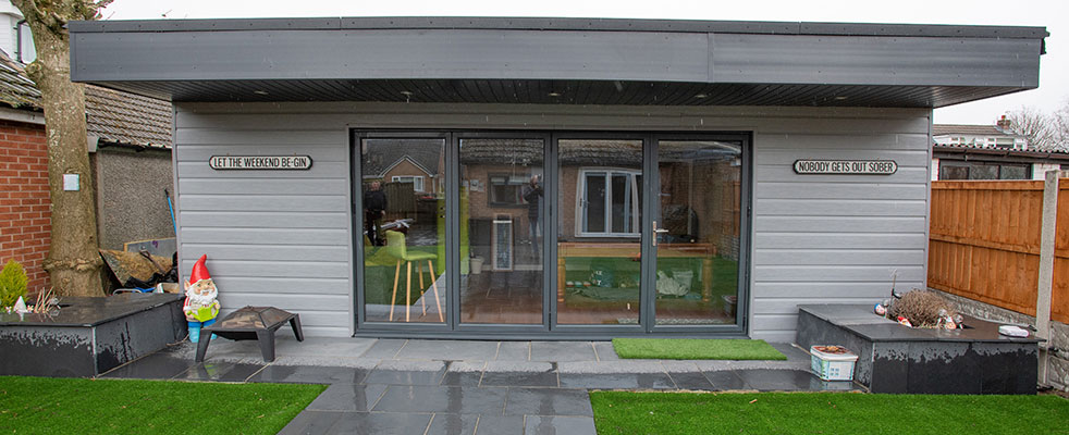 Composite garden rooms preston lee upvc for Your garden room
